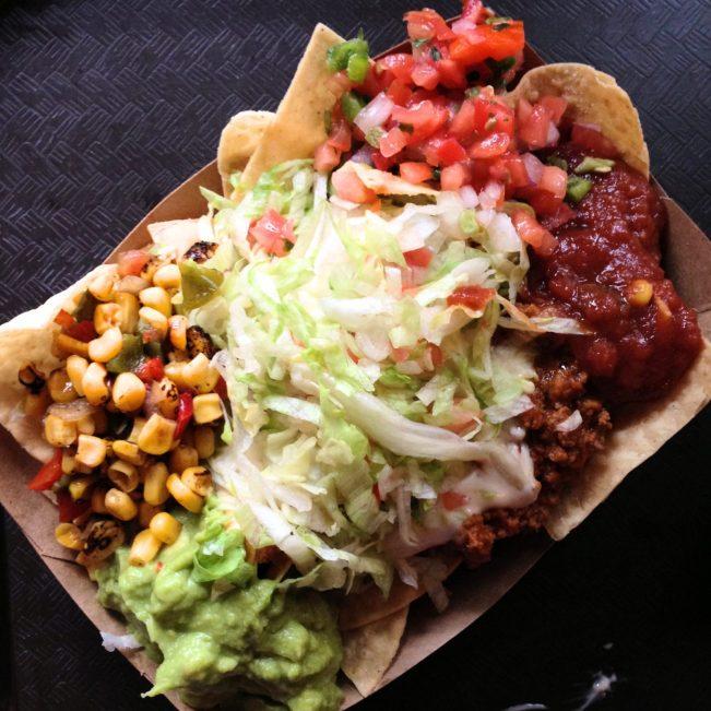pecos bill nachos - disney dining plan tips