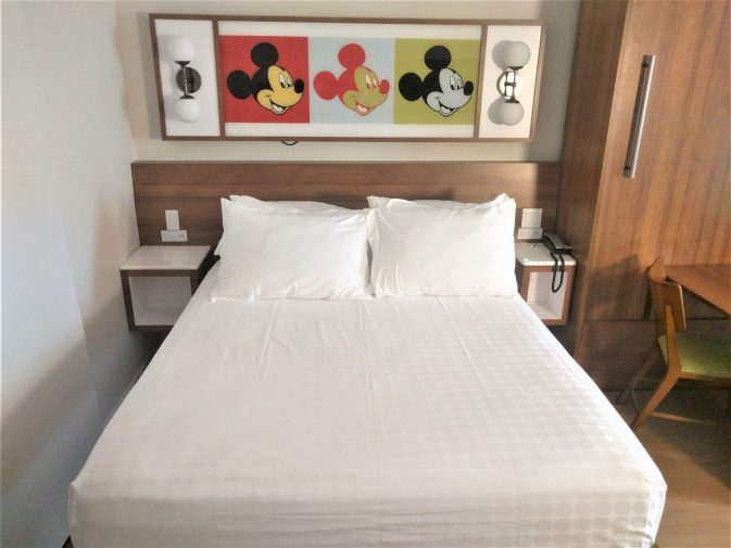 bed at disney pop century hotel