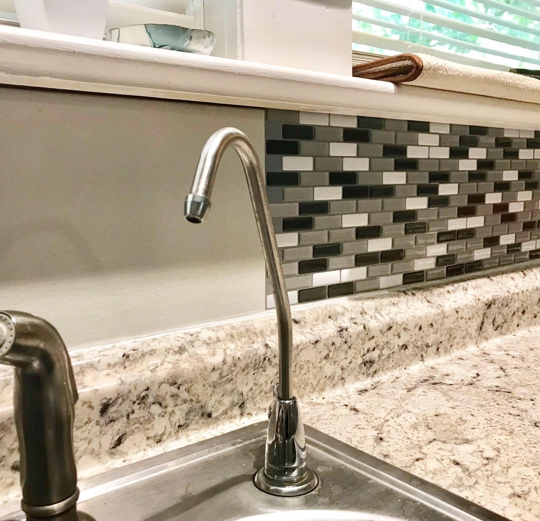 - DIY Peel And Stick Glass Tile Backsplash With Kitchen Tile