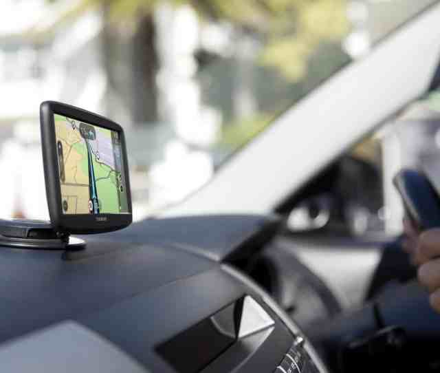Logistics Providers Across The Uk Should Ensure They Are Making Use Of Hgv Specific Sat Nav Devices The Road Haulage Association Rha Has Argued