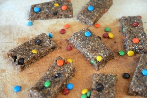 monster cookies recipe, monster cookie bars recipe, raw monster cookies, sugar free monster cookies recipe, gluten free monster cookie recipes, cookie recipe, monster cookies