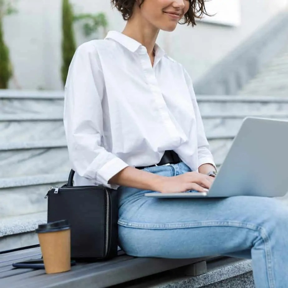 The stay at home mom gig can be tough. Learn exactly how to start a blog and why starting a blog totally changed my life. Work from home and be a better mom