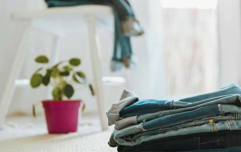 If you want to declutter your closet right now, you just might learn a lot about yourself. Grab the free guide to help you get started!