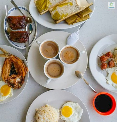 Binungey (at the top) and other Filipino foods.