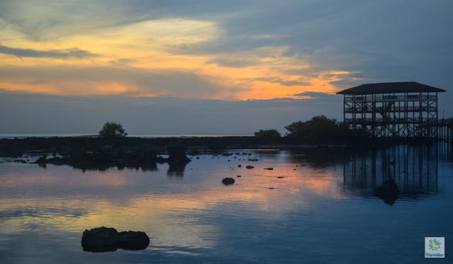 Sunset at Cloud 9 boardwalk.