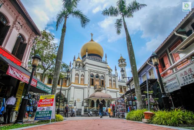 Masjid Sultan Mosque at Arab Street in Kampong Glam.