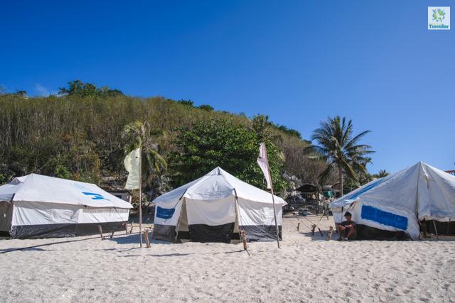 The glamorous tents of Antonia Island.