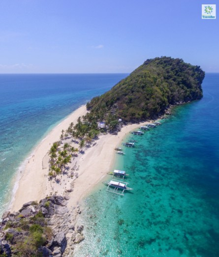 "Cabugao Gamay (or ""selfie"" island) of Gigantes Islands"