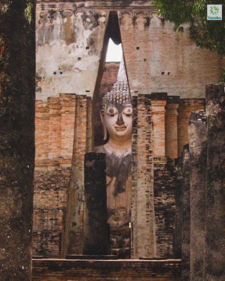 Wat Si Chum Northern Zone Sukhothai Historical Park