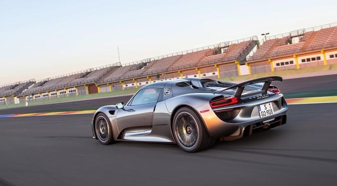 The Gadget Man – Episode 47.5 – Porsche 918 Spyder Hybrid Hypercar with Gordon Robertson