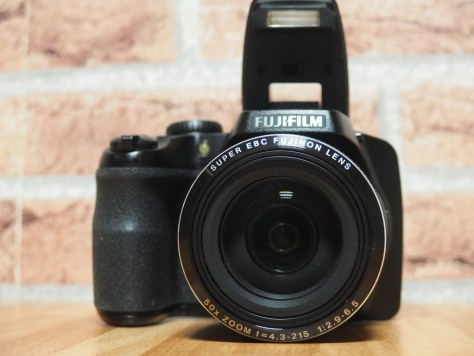 Matt Porter, the Gadget Man reviews the Fujifilm Finepix S9900W