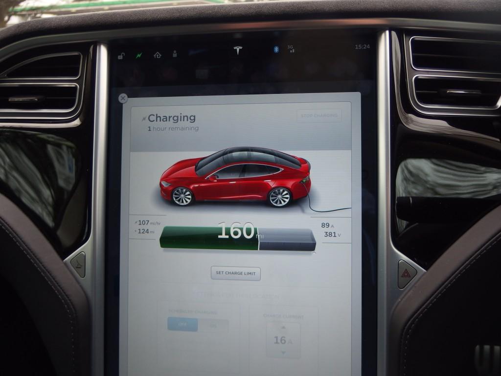 Tesla Model S P85D - Autopilot, Insane Mode and interviewing