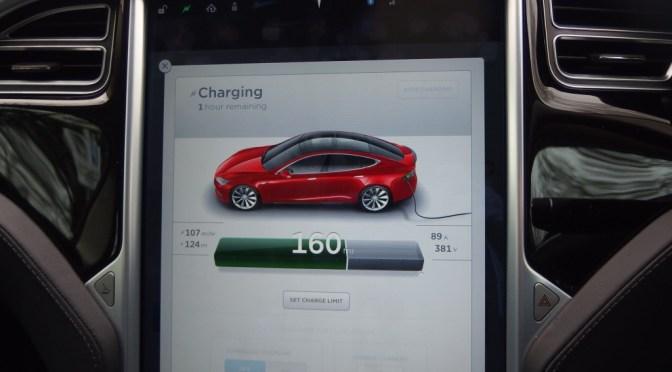 The Gadget Man - Episode 86 - Tesla Model S P85D - Auto Pilot