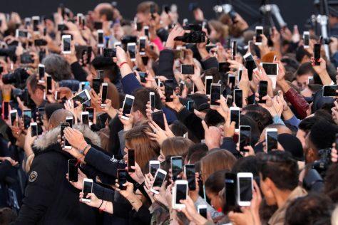 Too Much Smartphone III