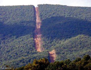 MV pipeline construction gash photo