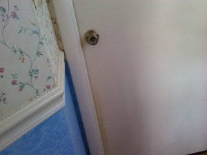 door air leaks