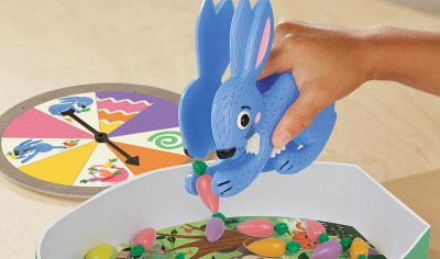 Hoppy Floppy's Happy Hunt and Easter basket games