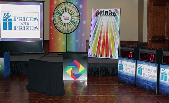 College and University Campus Actvities   Fun Interactive Game Shows Price is right at college campus