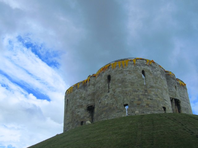 York city walls - Clifford's Tower