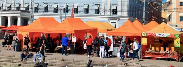 Outdoor food stalls - a Helsinki city break