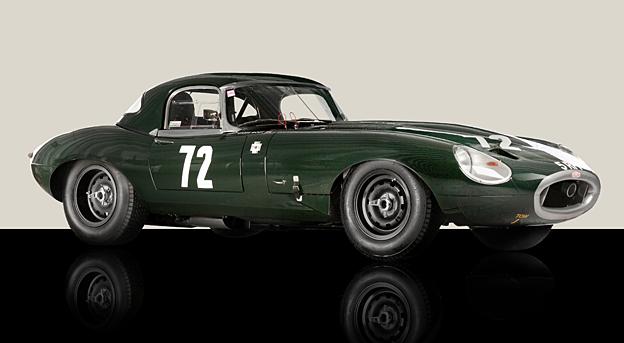 Jaguar E-type race