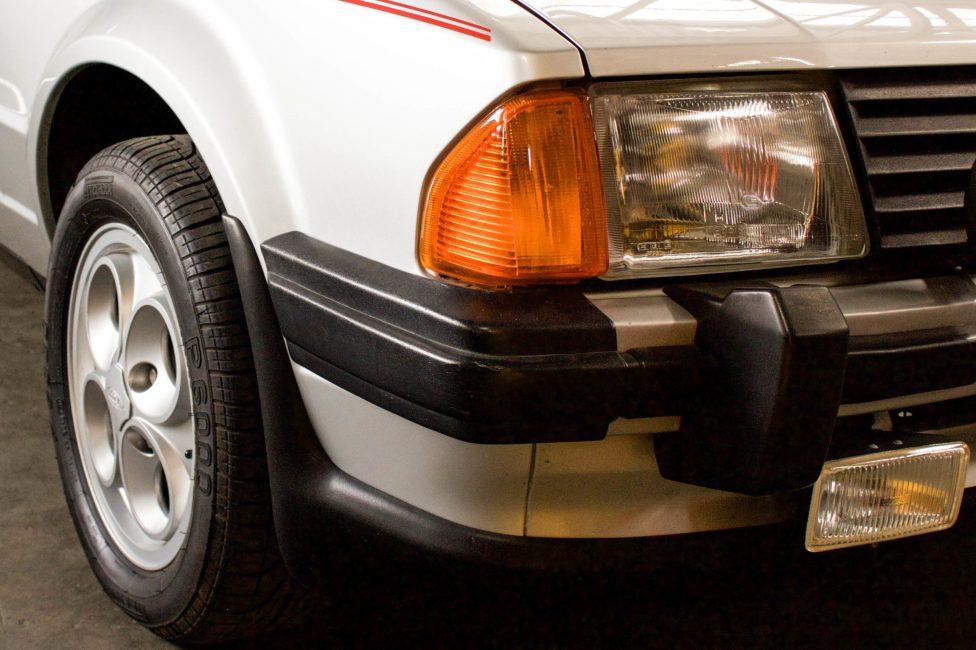 ford-escort-xr3-the-garage-loja-de-carros-antigos-09