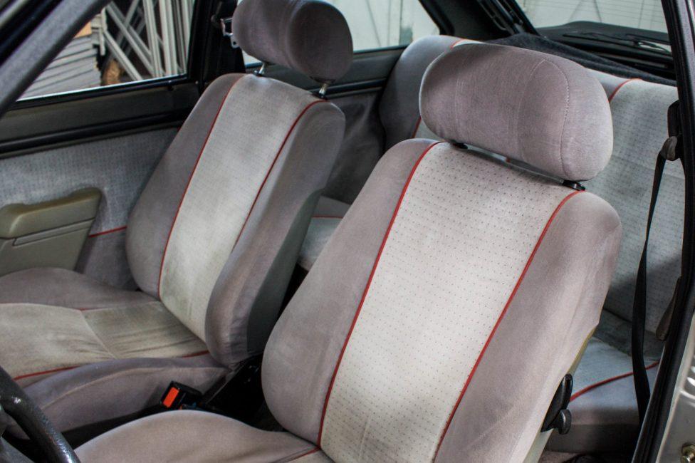 ford-escort-xr3-the-garage-loja-de-carros-antigos-14
