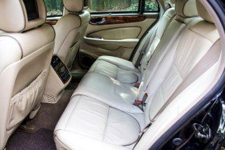 2004 Jaguar XJ8 com Supercharger preto blindado