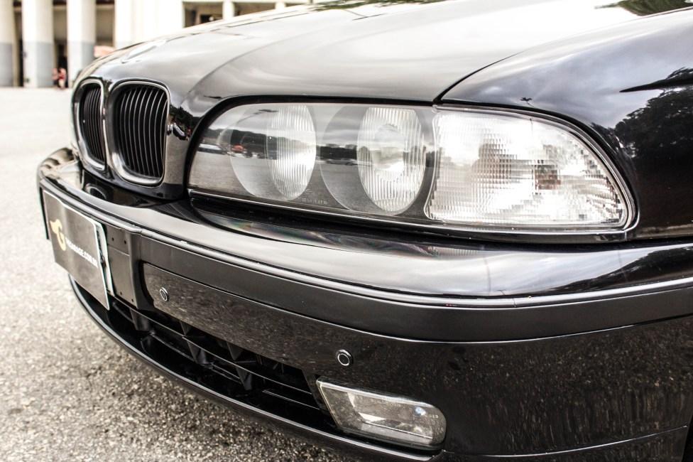 BMW-528i-E39-lanternas