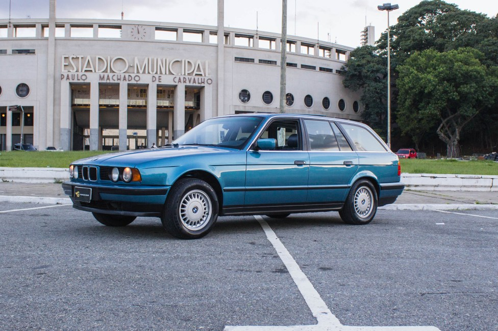 1993-BMW-525i-touring-e34-evento-de-carros-antigos