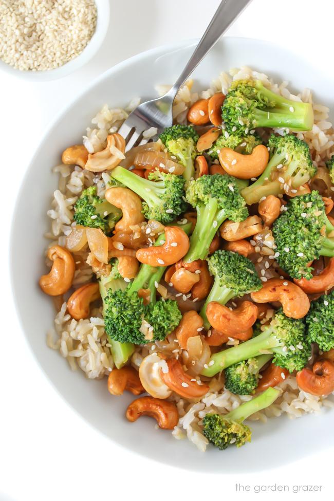 Broccoli Cashew Stir Fry