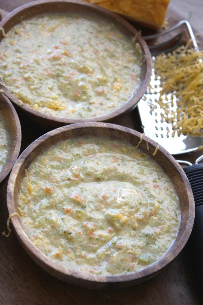 30 Minute Broccoli Cheddar Soup -- TheGarlicDiaries.com