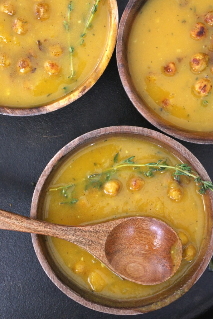 Butternut Squash Soup with Curry Roasted Chickpeas -- TheGarlicDiaries.com