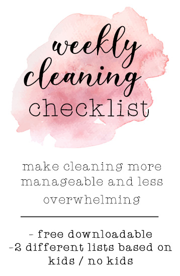Make cleaning more manageable and less overwhelming with this weekly cleaning checklist! It comes with 2 types of lists for if you have kids/don't have kids - both are free, downloadable printables!
