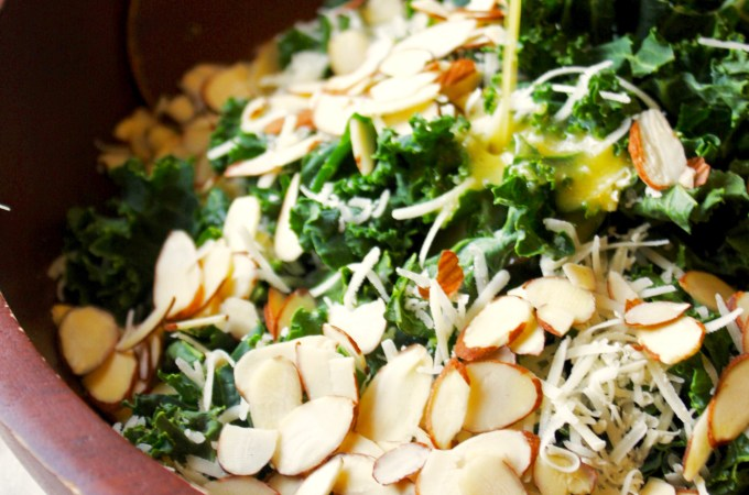 Simple Kale Salad with Lemon Vinaigrette