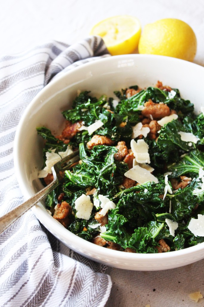 Kale and Turkey Sausage Saute with Parmesan [21 Day Fix] - This speedy dinner is SO easy and absolutely delicious. You won't feel like you are eating healthy! Gluten free. TheGarlicDiaries