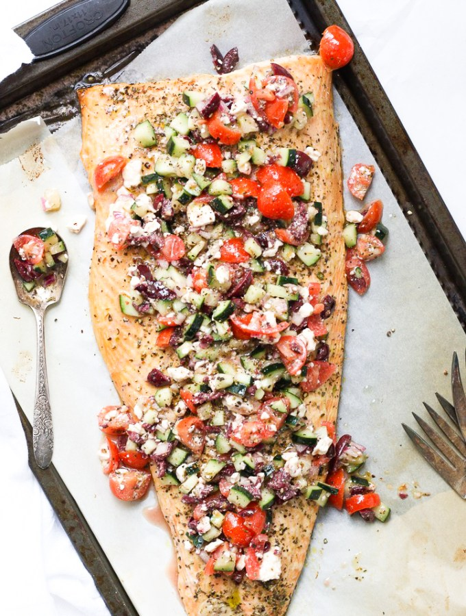 Roasted Salmon with Mediterranean Salsa - Such an easy, healthy, hearty, and satisfying dinner that comes together in no time! The salmon is tender and juicy, the salsa is packed with unbelievable amounts of flavor - it'll be a new favorite for sure!