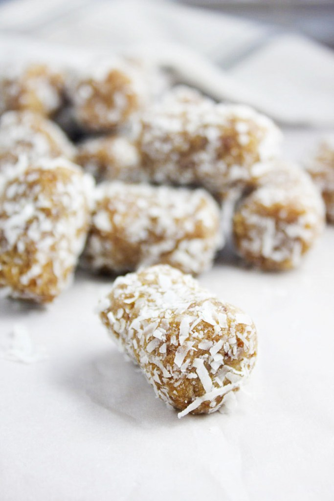2 Ingredient Coconut Date Rolls - These healthy treats are SO easy to make, only require 2 ingredients, and satiate that sweet tooth in the best way.