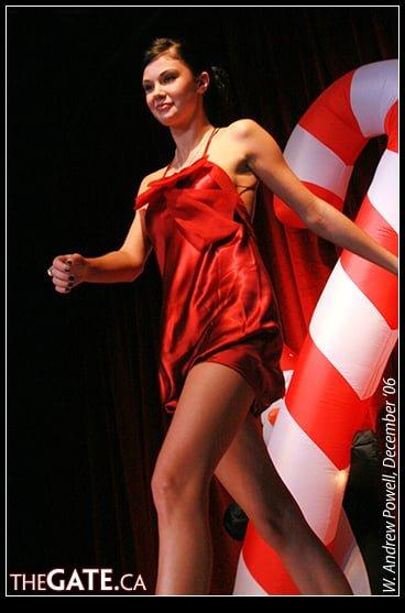Jayde Nicole on the runway