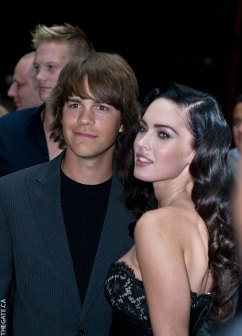 Johnny Simmons and Megan Fox on the red carpet for Jennifer's Body
