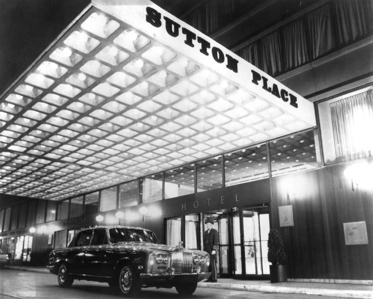 Vintage photo of the Sutton Place Hotel Toronto