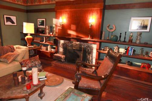 Rafe McCawley's living room