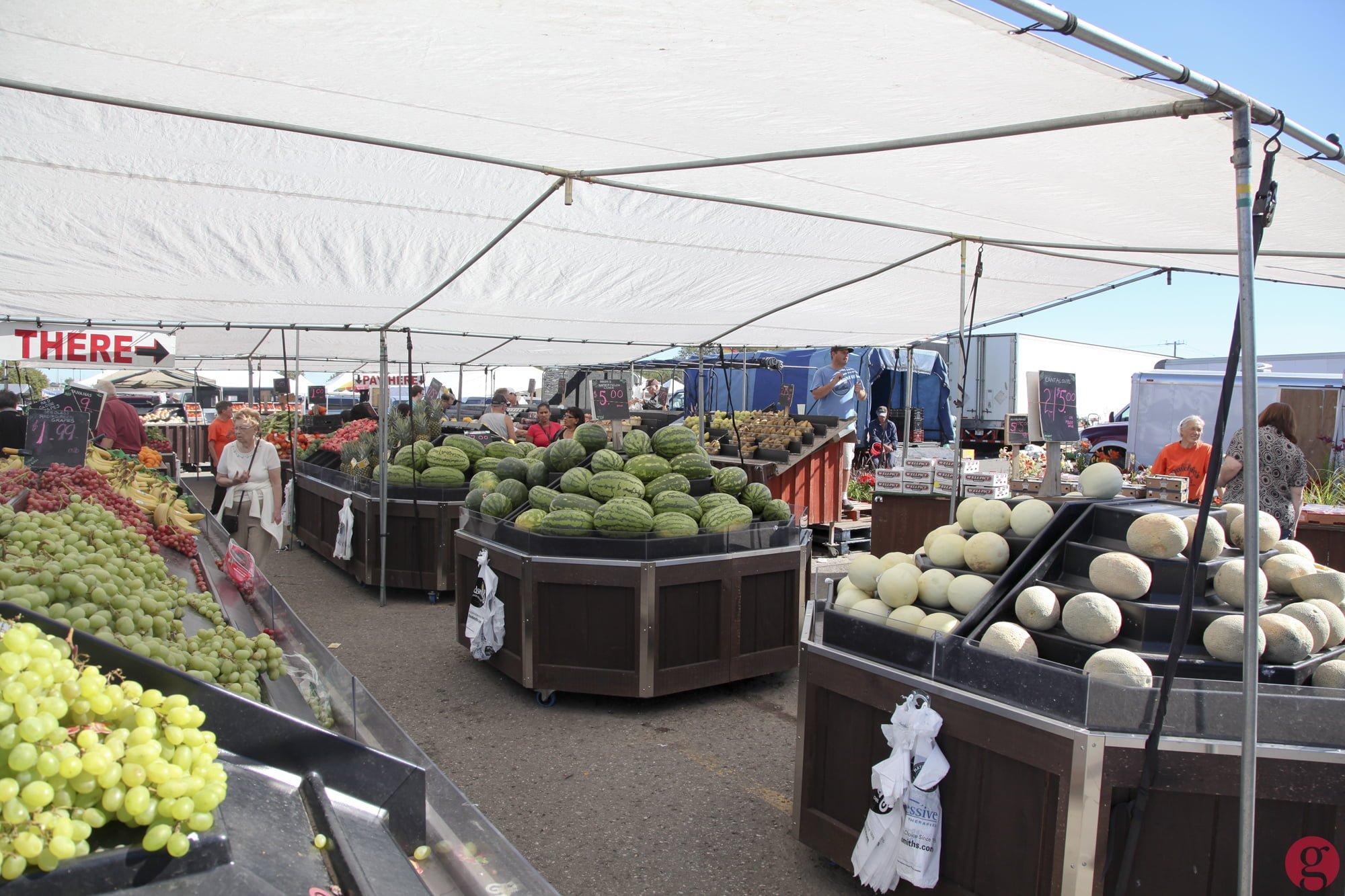 Fruit vendors