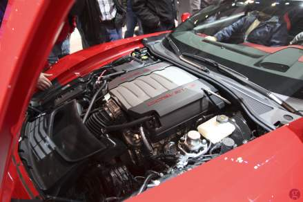 Chevrolet Corvette - Engine