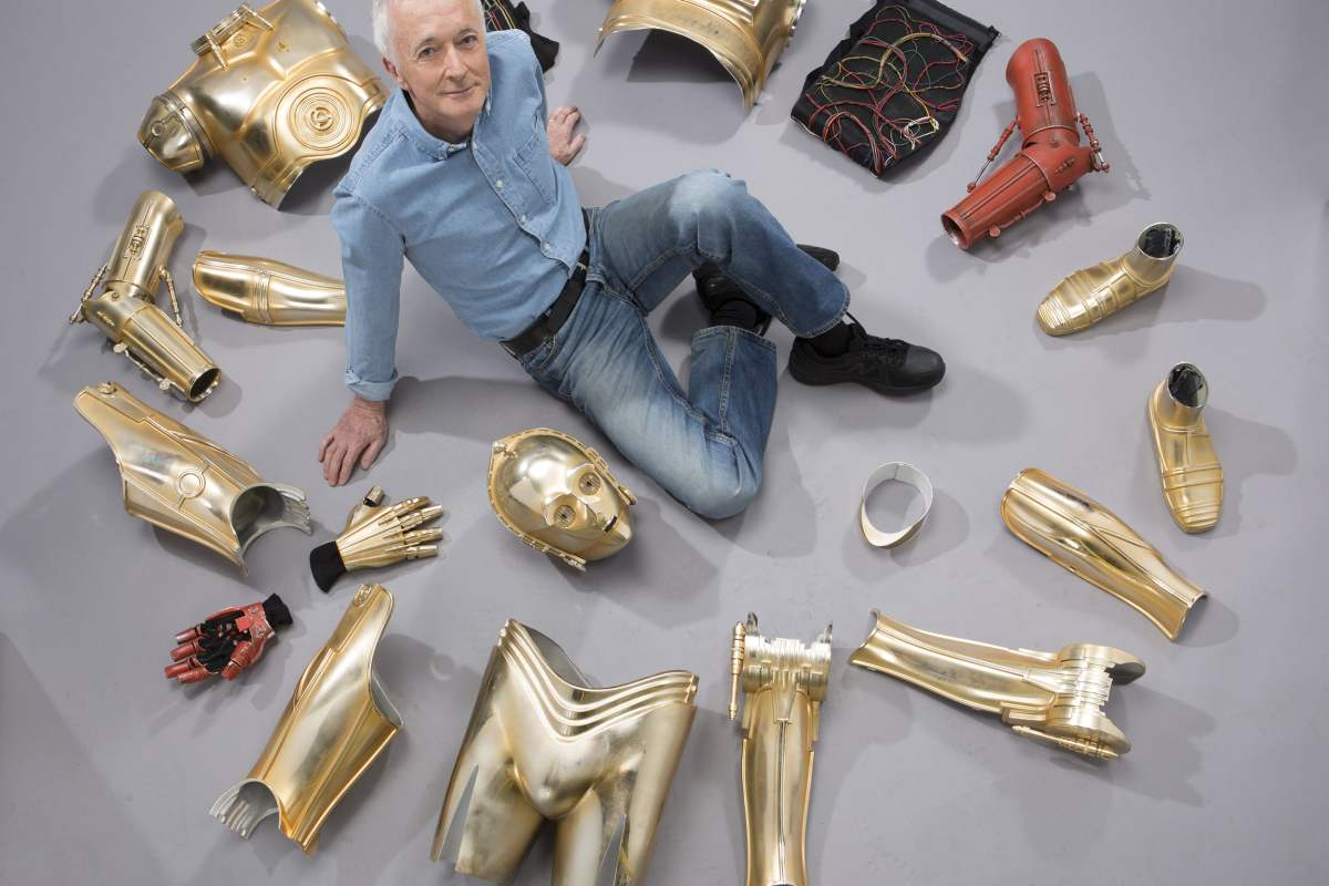 Anthony Daniels and the C-3PO costume