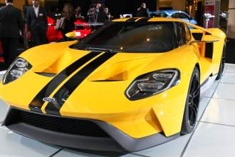 Ford GT sideview