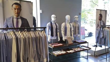 Indochino-Suit-Fitting_09