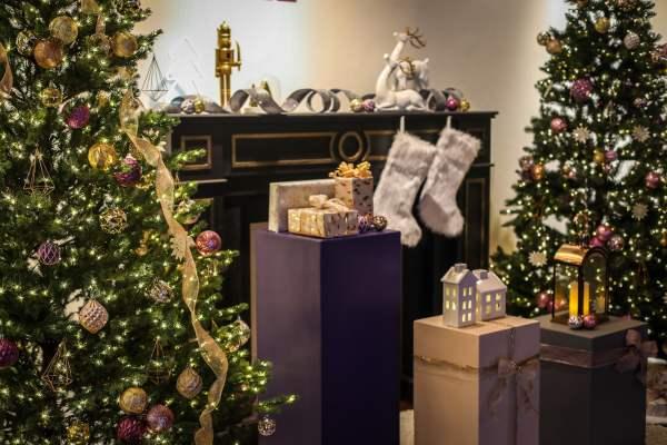 Home Depot - Holiday Decor