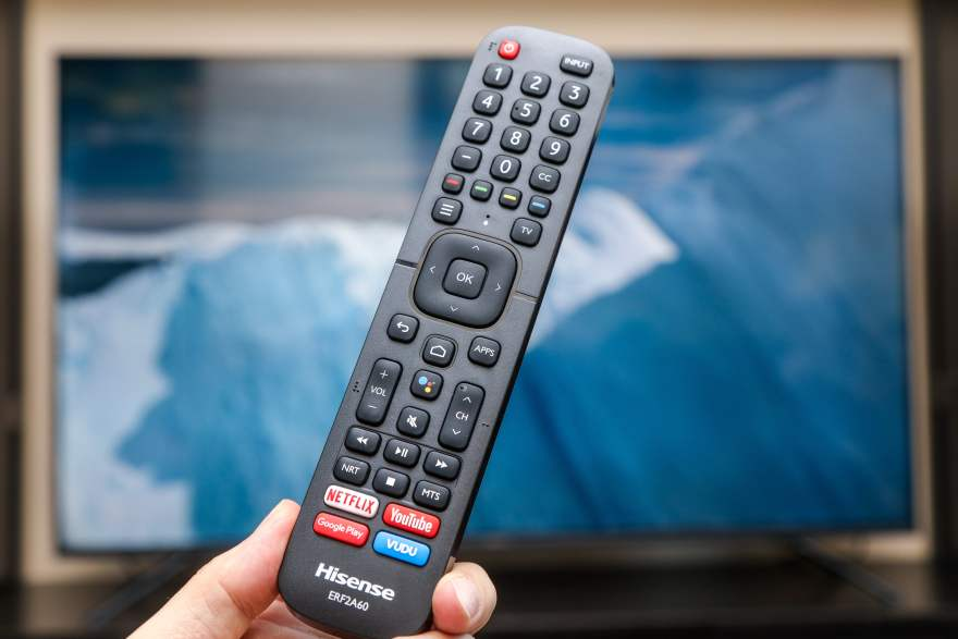 HiSense H8 4K ULED TV and remote