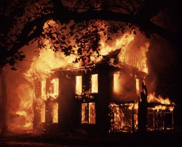 https://i1.wp.com/www.thegatewaypundit.com/wp-content/uploads/2012/04/house-fire.jpg